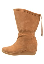Shoe The Bear Emmy Iii Wedge Boots Cognac