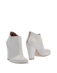Evado Ankle Boots Brown