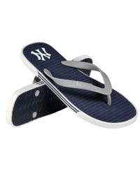 Forever Collectibles New York Yankees Thong Sandals
