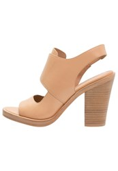 Dkny Wes High Heeled Sandals Nude