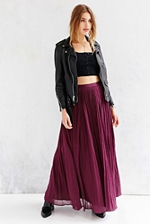 Pins And Needles Pins And Needles Gauzy Pleated Maxi Skirt Maroon