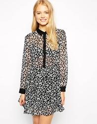Brave Soul Long Sleeve Skater Dress In Daisy Print Blackdaisyprint