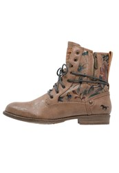 Mustang Laceup Boots Natur Brown