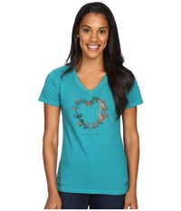 Life Is Good Engraved Strong Heart Branches Crusher Vee Beachy Teal Women's T Shirt Blue