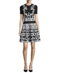 Alexander Mcqueen Short Sleeve Floral Knit Dress Black White Black White