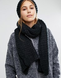 Pieces Knitted Scarf And Beanie Set Black