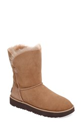 Uggr Women's Ugg Classic Cuff Short Boot Natural Suede