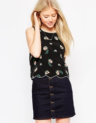 Trollied Dolly Scallop Edge Top In Pansy Print Black