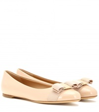 Salvatore Ferragamo Varina Patent Leather Ballerinas Beige