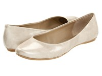 Kenneth Cole Reaction Slip On By Light Gold Patent Women's Flat Shoes