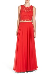 Way In Women's Lace Two Piece Gown
