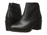Gentle Souls Blakely Black Leather Women's Shoes