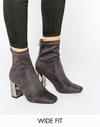 New Look Wide Fit Suedette Heeled Ankle Boot Grey