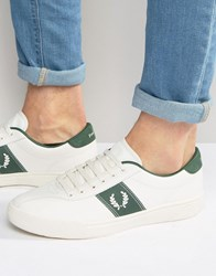 Fred Perry Logo Trainers White