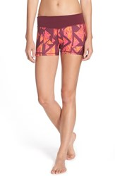 Women's Zella 'Haute Fair Game' Slim Fit Shorts Burgundy Maven Geo Shadow