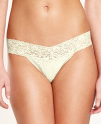 Maidenform One Size Lace Thong 40118 Ivory