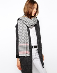 Johnstons Zig Zag Tip Oversized Blanket Scarf Grey