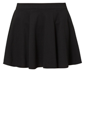 Rusty Fever Pleated Skirt Black