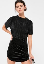 Missguided Petite Black Crushed Velvet Curve Hem Mini Skirt