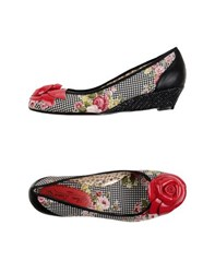 Poetic Licence Footwear Courts Women