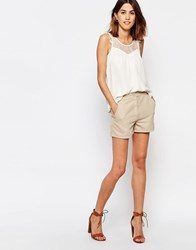 Vila Relaxed Chino Shorts Camel