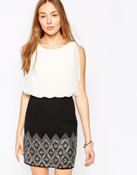 Vero Moda Sleeveless Dress With Contrast Printed Skirt Whiteandblack