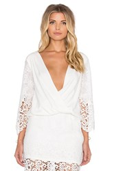 Liv 3 4 Cross V Top White