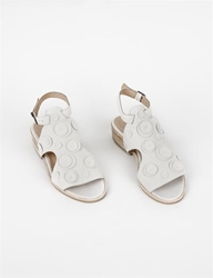 Creatures Of Comfort X Ld Tuttle Blixen Dot Sandal Cream