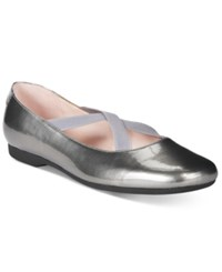 Taryn Rose Tr Beverly Flats Only At Macy's Women's Shoes Pewter