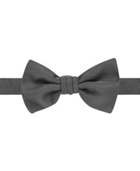 Ryan Seacrest Distinction Event Solid Pre Tied Bow Tie Black