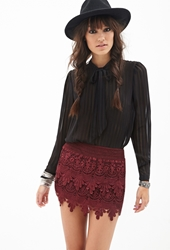 Forever 21 Tiered Crochet Mini Skirt