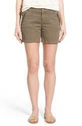 Petite Women's Caslon 'Addison' Zip Pocket Shorts Olive Tarmac