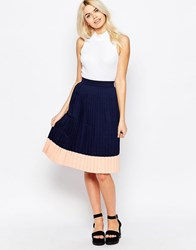 The Whitepepper Pleated Midi Skirt Black
