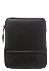 Calvin Klein Jeans Speed Flat Crossover Across Body Bag Black