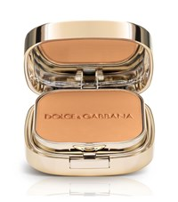 Dolce And Gabbana Makeup Perfect Finish Powder Foundation Natural Female Almond