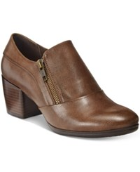 Bare Traps Kelyn Block Heel Ankle Booties Women's Shoes Brown