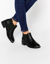 Truffle Collection Hettie Chelsea Boots Black Pu