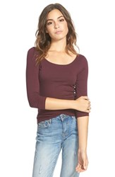 Junior Women's Frenchi Scoop Neck Tee Burgundy Stem