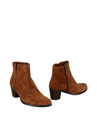 George J. Love Ankle Boots Camel