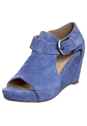 Pier One Wedge Sandals Old Blue