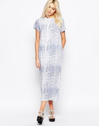 The Whitepepper Maxi T Shirt Dress In Wave Print Blue Wave