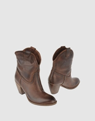 Geste Proposition Ankle Boots Brown