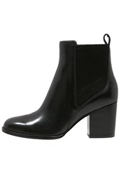 Clarks Othea Ruby Boots Black