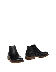 Green Step Ankle Boots Black