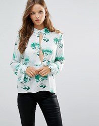 Minimum Moves Lican Shirt With Open Slit Chest Flash Greet Green