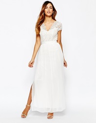 Elise Ryan Scallop Lace Plunge Maxi Dress With Double Thigh Split Cream