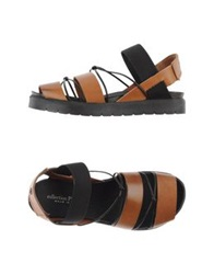 Collection Privee Sandals Camel