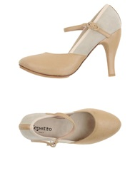 Repetto Pumps Beige