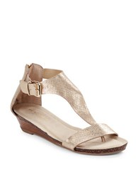 Kenneth Cole Reaction Great Gal Metallic Thong Sandals Soft Gold