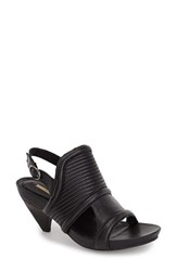 Max Studio Women's Maxstudio 'Mesa' Demi Wedge Platform Sandal Black